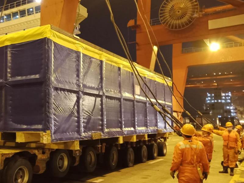 湖北武汉某重点项目重大件设备运输